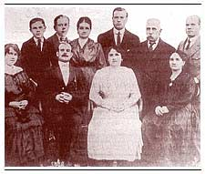Die Familie von Isaac Lindley. Photo: Inca Kola