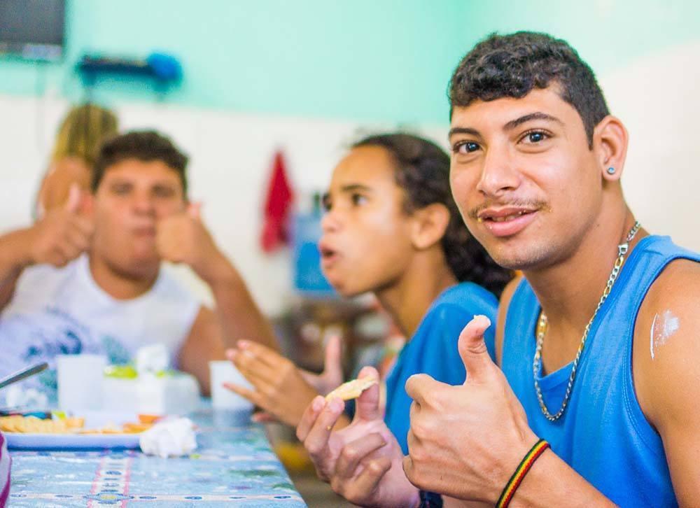 Dia social en la fundacion APAE, Arraial do Cabo (80 of 111)