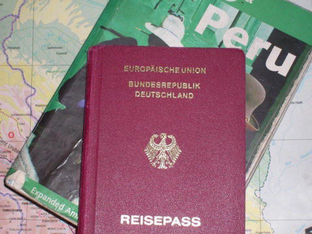 Vor Buchung unbedingt checken: Ist Ihr Reisepass noch mindestens 6 Monate vor der Einreise gültig? Falls nicht schnell noch einen neuen Pass beantragen!