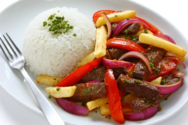 Peru Liebt Küche: Lomo saltado