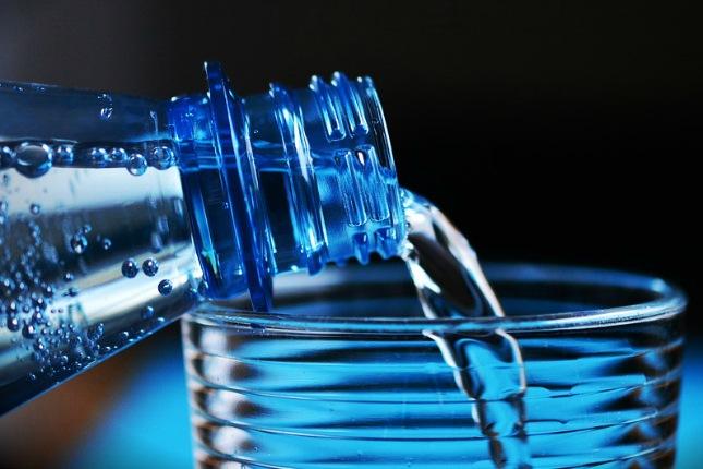 Das Leitungswasser in Peru ist kein Trinkwasser. Trinkwasser solltest du in Flaschen kaufen.